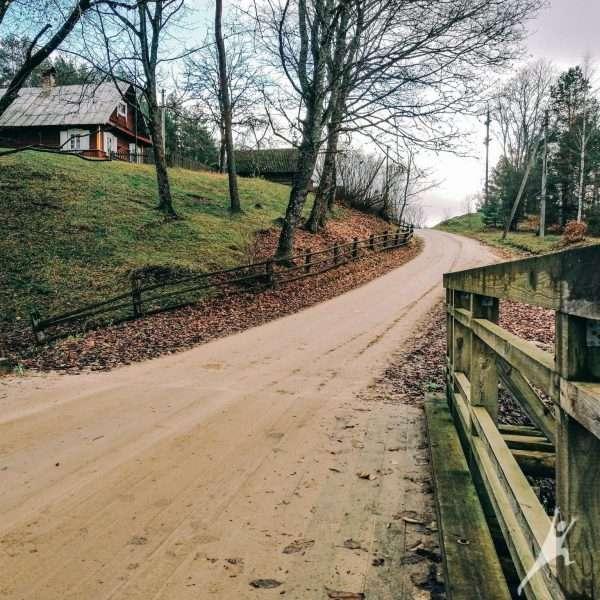 Palei Ūlą pro Zervynų etnografinį kaimą (30 km)