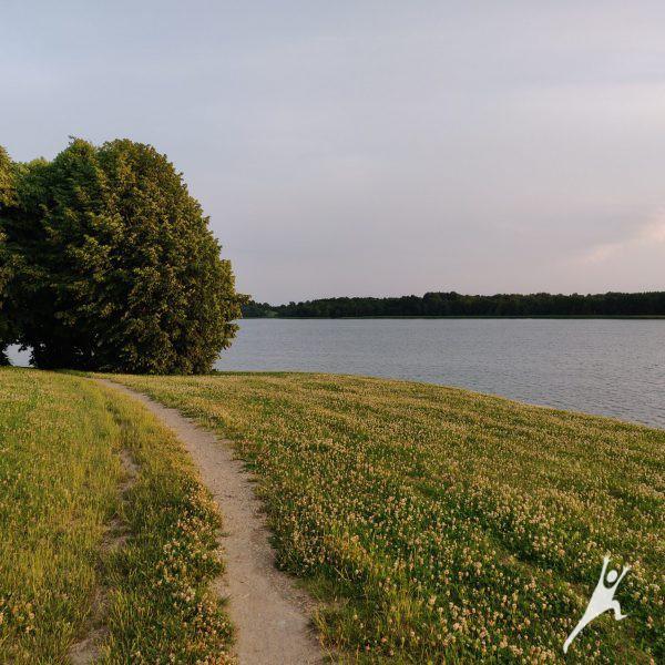 Masčio ežero pakrantėmis (12 km)